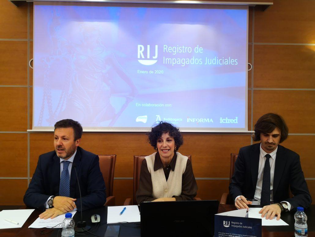 El decano de los abogados de Toledo junto a Reyes Rodríguez Zarza y Eleazar González
